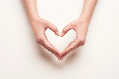 6 Simple Ways Nonprofits Can Show Donors Love On Social Media - Featured Image